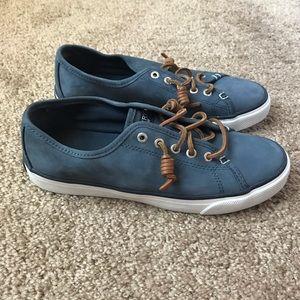 Sperry women's blue sneakers